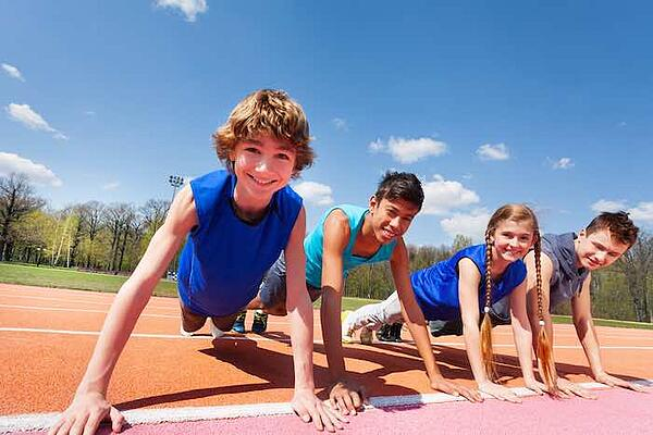 4 Ways to Get Your Kids Involved in Your Fitness